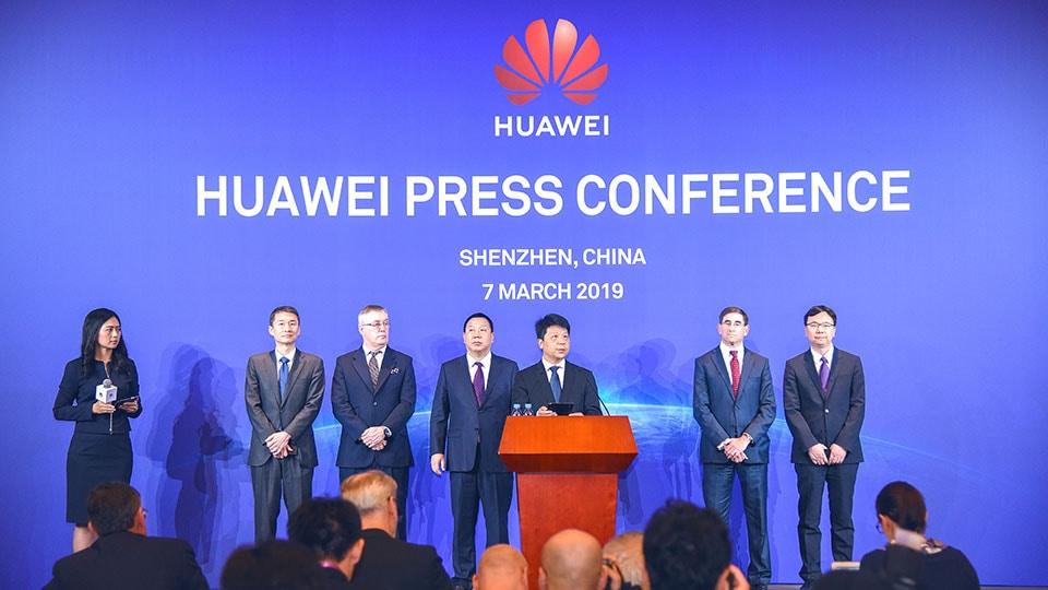 Huawei подает иск на правительство США за антиконституционные торговые ограничения